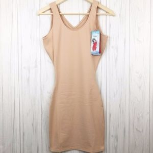 SPANX The Sleek Nude Tank Slip